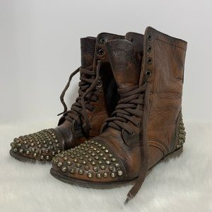 Steve Madden Tarnney Leather Studded Lace Up Boots